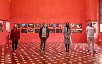 El Palau Ducal exposa obres semifinalistes del V Festival Mostra't Gandia